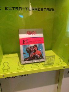 Spiel im Computerspiel-Museum (E.T. Atari 2600)